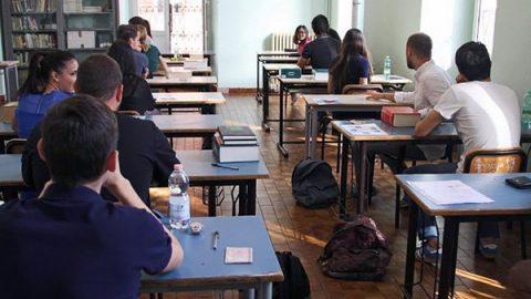 """Gli studenti italiani al di sotto della media Ocse: """"Non capiscono ciò che leggono"""""""