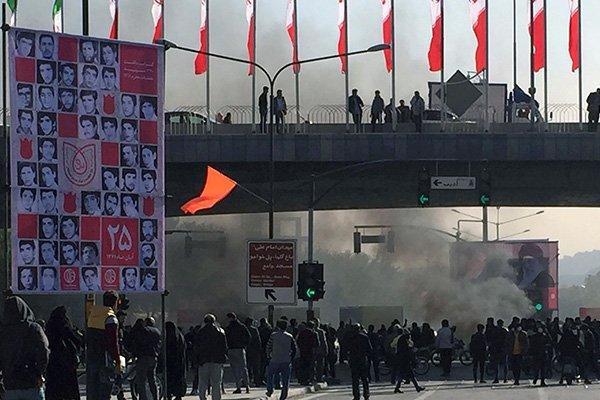 proteste iran aereo