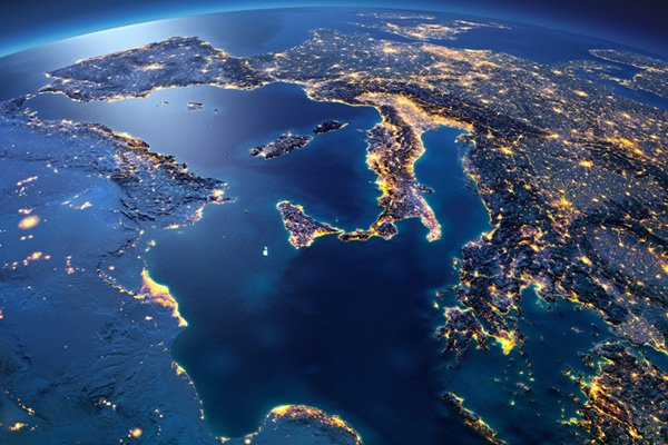 italia mediterraneo satellite