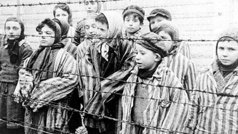 L'Italia cattiva: giustifica razzismo e antisemitismo. E il 15,6% nega la Shoah