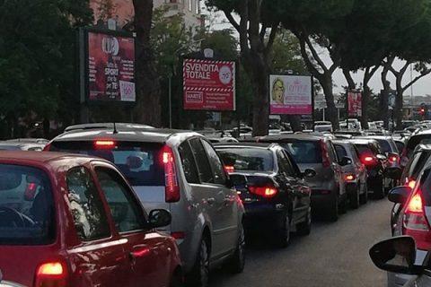 Roma soffocata dallo smog: altri due giorni di stop a veicoli inquinanti e diesel fino a Euro 6