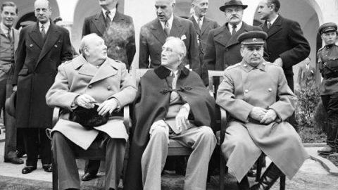 4 febbraio 1945: incontro dei tre grandi a Yalta