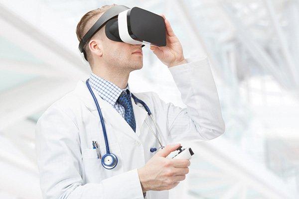 realtà virtuale medici