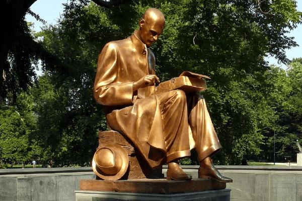 statua montanelli