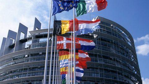 bandiere ue parlamento
