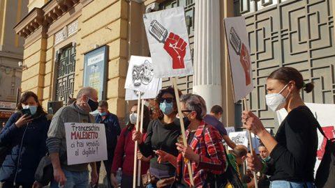 protesta lavoratori spettacolo